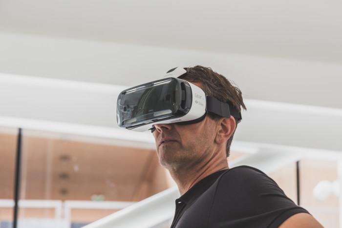 Danskerne er vilde efter Virtual Reality
